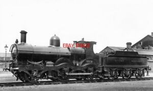 PHOTO-GWR-LOCO-NO-3219-AT-READING-SHED