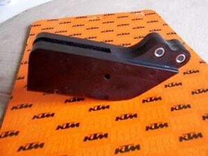 Kettenfuehrung-hinten-Husaberg-KTM-SX-EXC-LC4-SXF-94-09-Kettenklotz-an-Schwinge