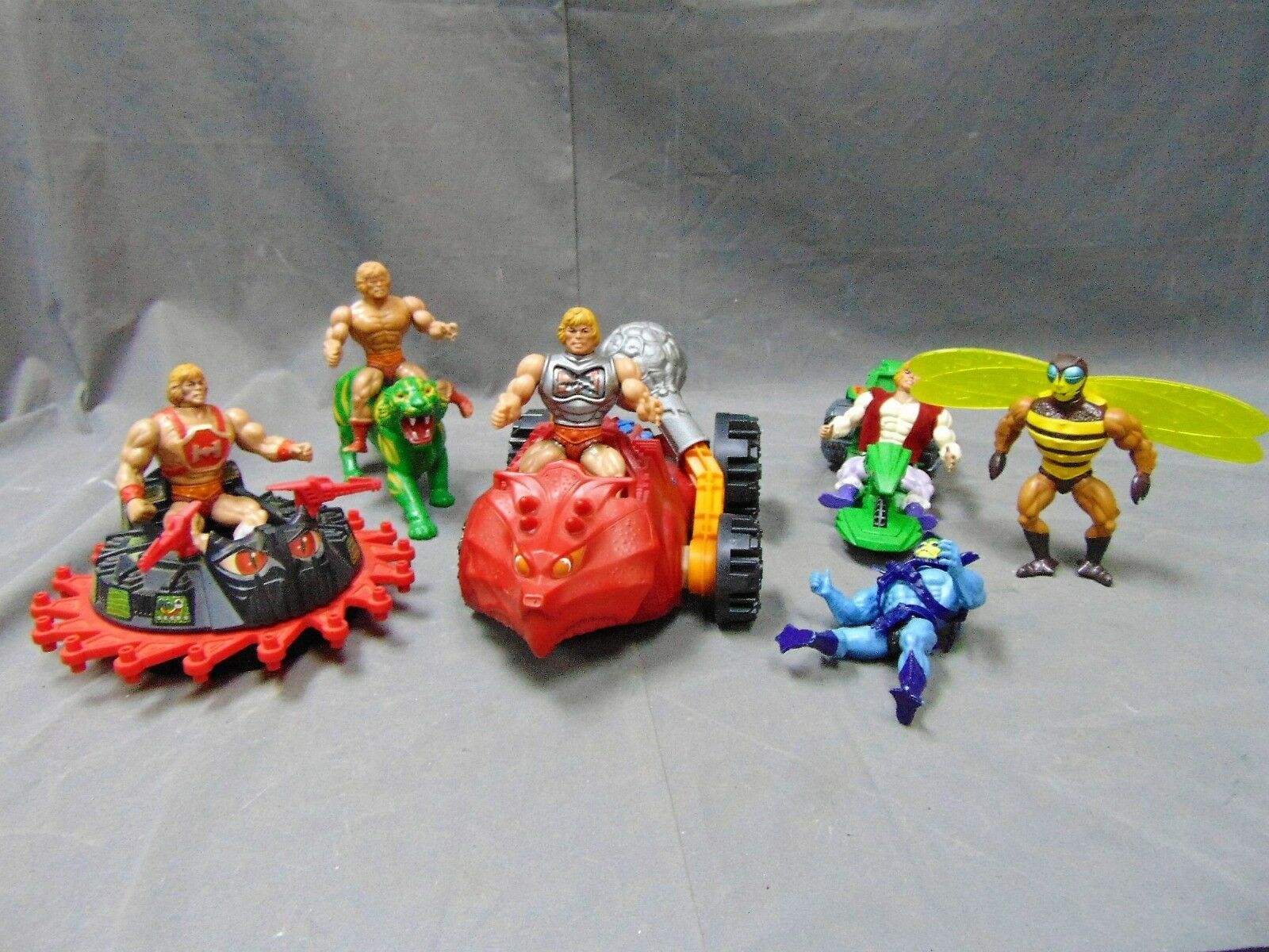 VINTAGE 1983 HE MAN MASTERS OF THE UNIVERSE COLLECTIBLES LOT