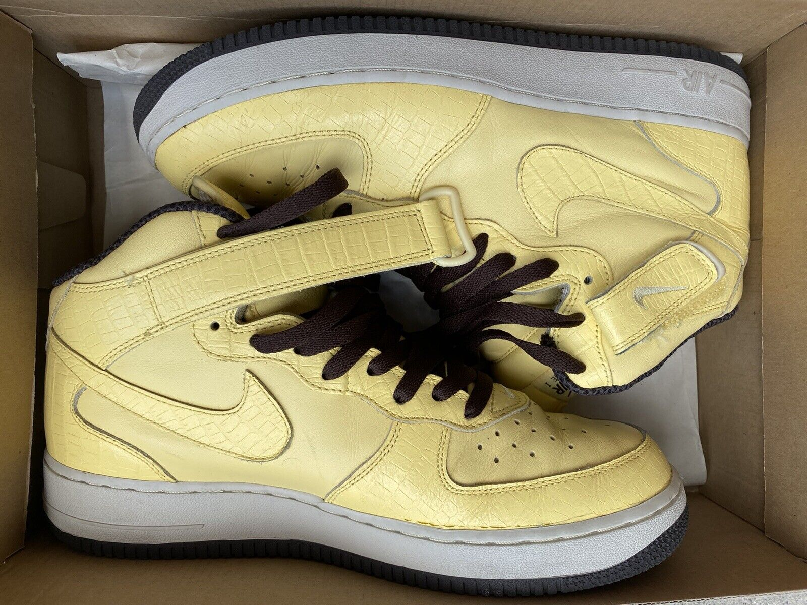 Nike Air Force 1 Mid Butter Yellow WMNS 12 MNS 10.5