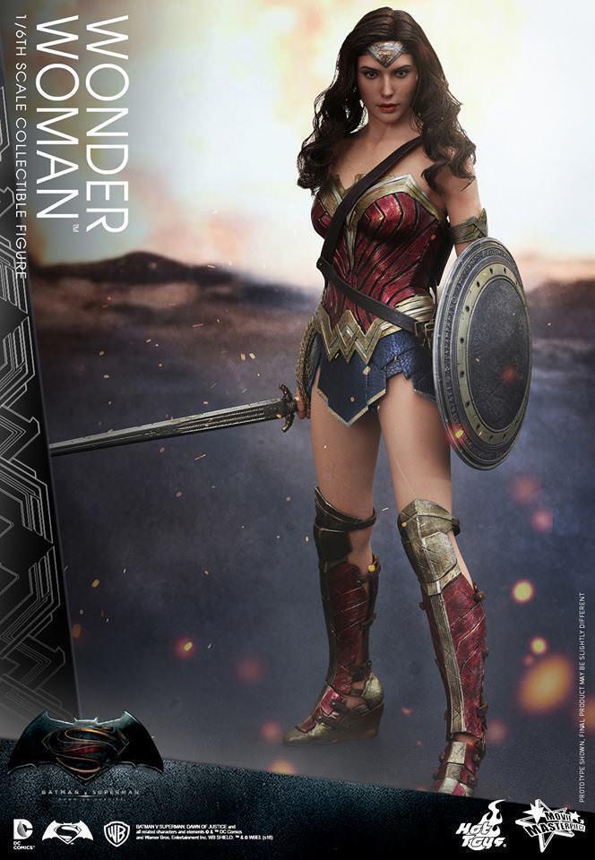 Hot Toys Wonder Woman MMS359 Gal Gadot BvS   Justice League Mint New SEALED
