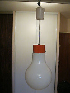 plafonnier lustre suspension vintage forme ampoule orange et blanc design 70 ebay. Black Bedroom Furniture Sets. Home Design Ideas