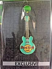 2017 HARD ROCK CAFE NEW YORK  3-STRING 3D CLASSIC CORE GREEN GUITAR PIN