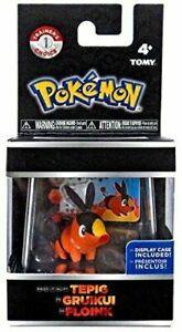 Pokemon-Go-Pokeball-Tepig-Trainer-039-s-Choice-Mini-Figure-And-Display-Case