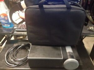 Dell-Projector-1610HD-Used