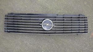 Kühlergrill, Kühlergitter, Opel Rekord E1 von 1977 bis 1982 Teile Nr. 90044275
