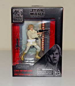 Luke-Skywalker-Star-Wars-Black-Series-Titanium-40th-Anniversary-Die-Cast-Figure