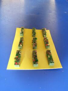 Vasi-verdi-fioriti-rettangolari-per-modellismo-H0-N-pezzi-9-KREA