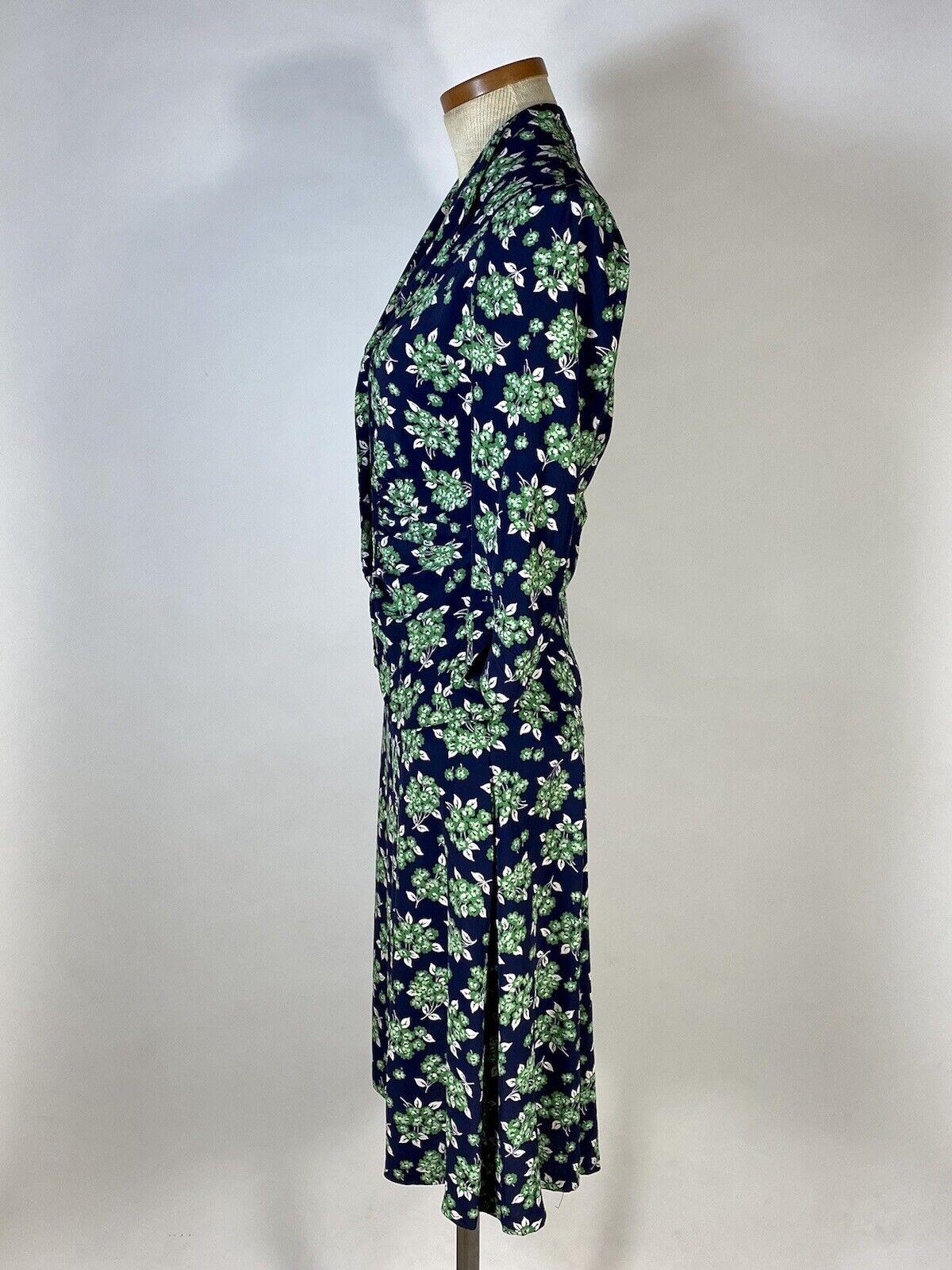 Vintage early 1940's floral silk crepe 2-pc. skir… - image 3