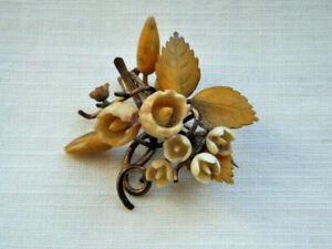 Antiguo-Vintage-3D-Celuloide-Flor-Broche-Pin