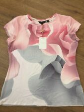 Ted Baker Porcelain Rose Fitted Top T-shirt BNWT ❤️ CIAA SIZE 4 Uk 14