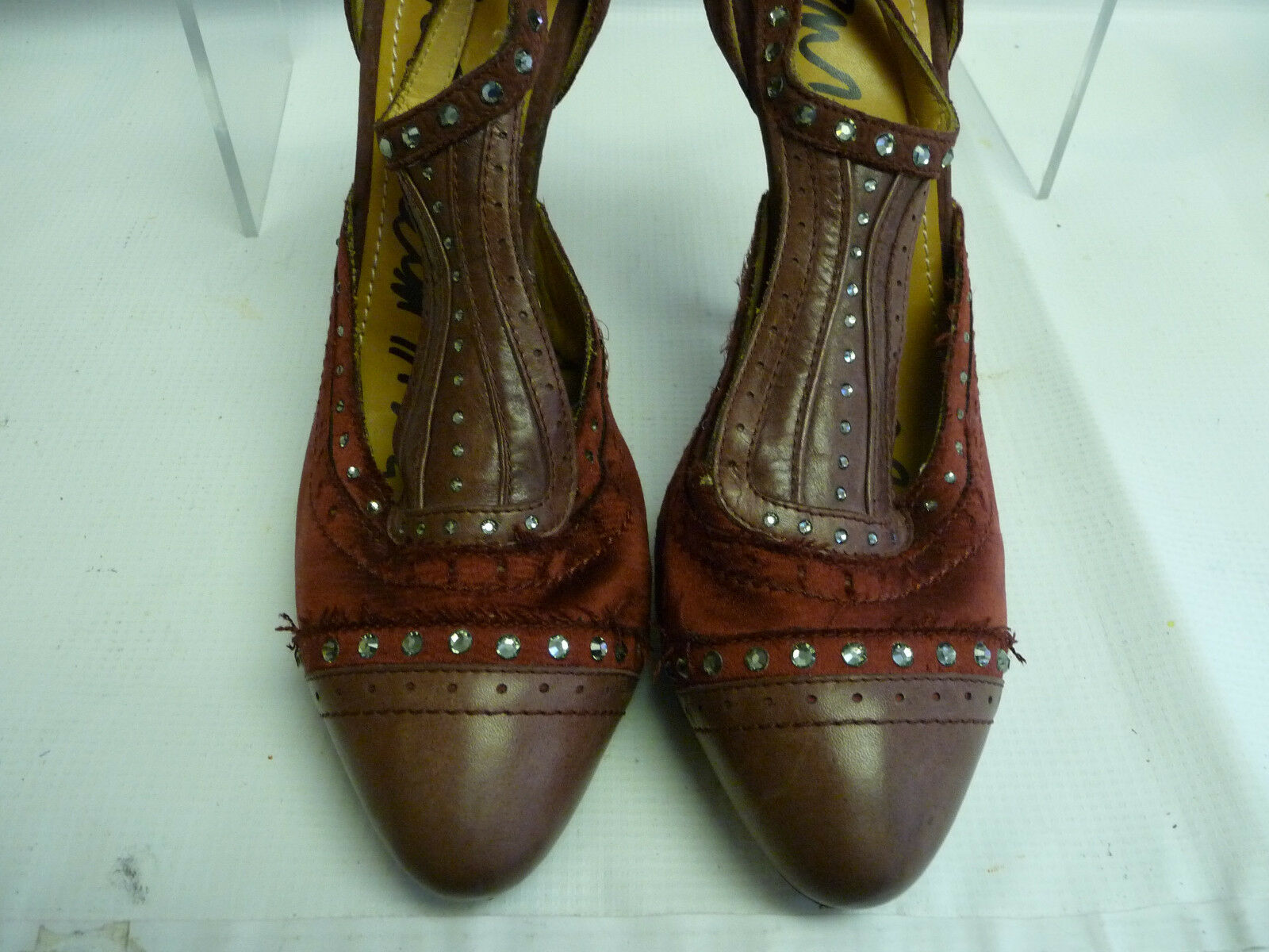 LANVIN LANVIN LANVIN damen Stilettos 40 10 Maroon Suede Satin Bling Captoe  Rubber Sole 5361c9