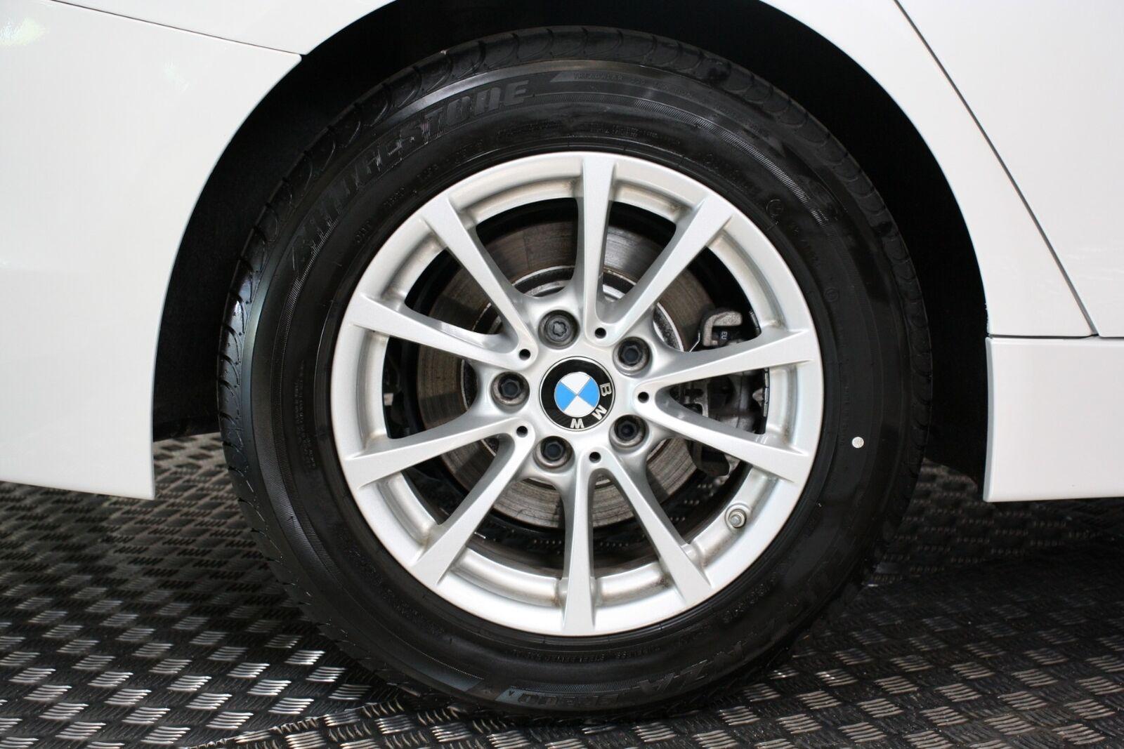 BMW 320i aut.