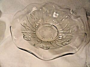 Iris-amp-Herringbone-Ruffled-Salad-Bowl-Crystal-9-5-034-Mint-Depression-Glass