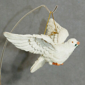 Christmas-Ornament-Ceramic-Bird-of-Peace-Dove-Flying-Wings-Spread-6-034-USA-SELLER