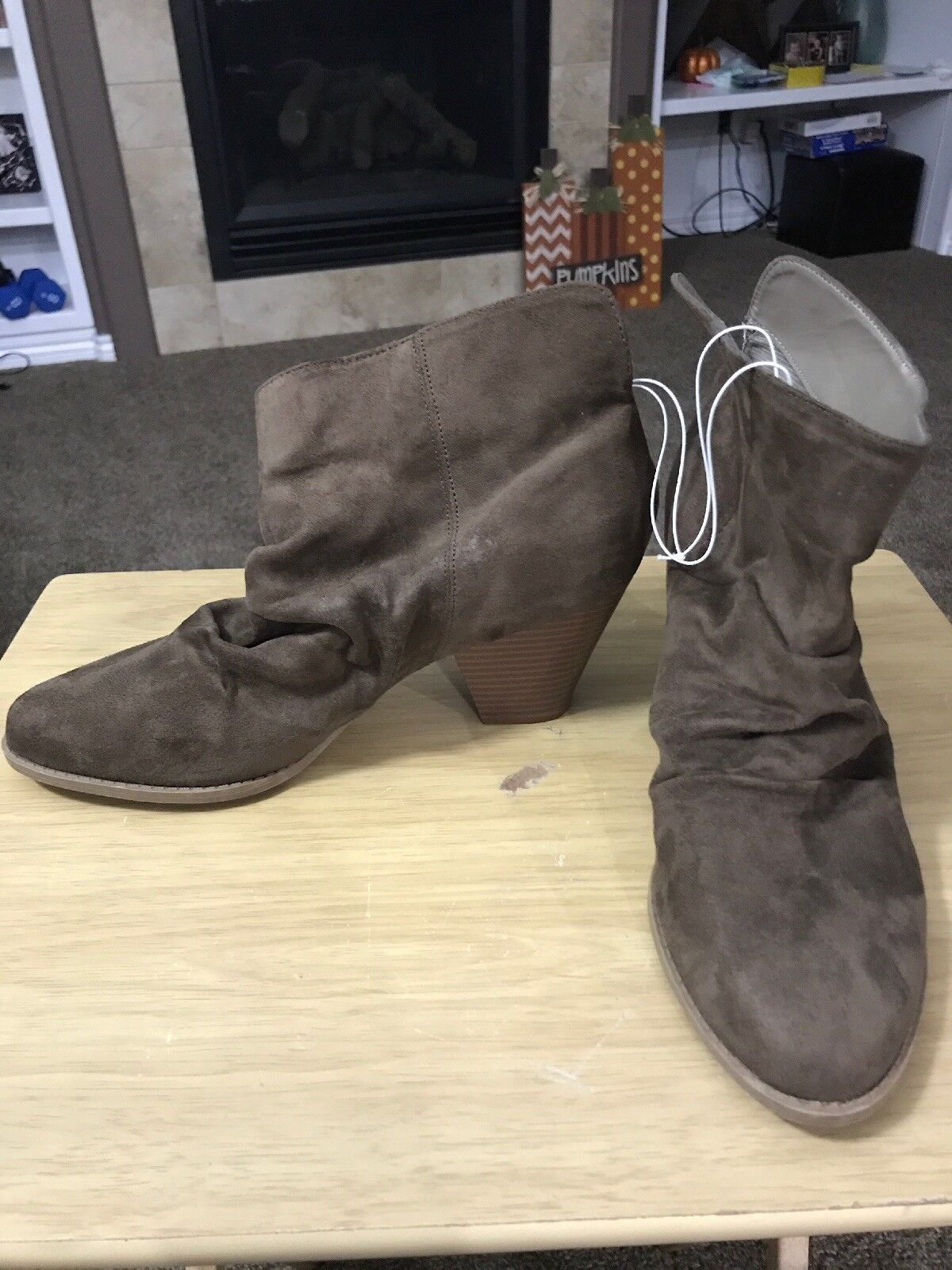 Diba Women's Brown Faux Suede Heeled Boots Size 11 M New Without Tags