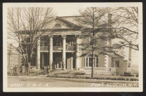 REAL PHOTO Postcard FORT SLOCUM,New YorkNY Army Post YMCA Building view 1930's