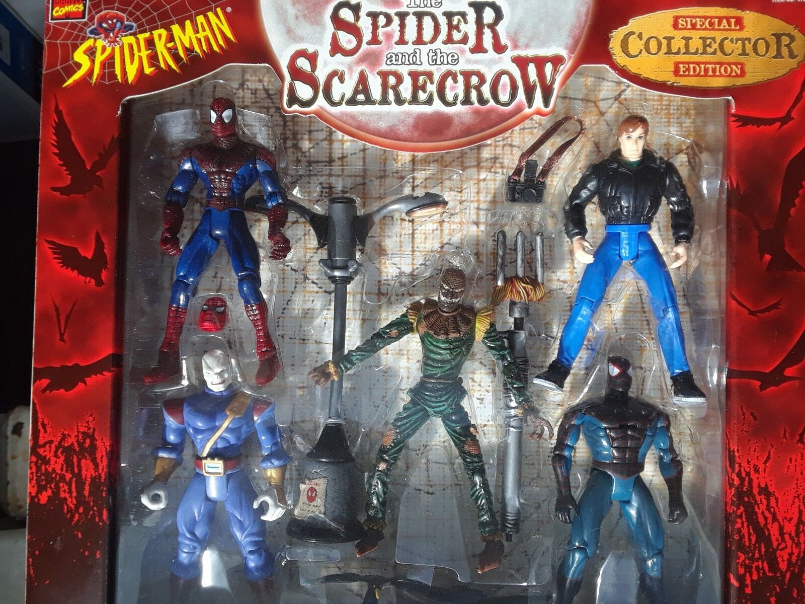RARE  6 SPIDERMAN FIGURES &  BOXED  LOT ALL MOC  &