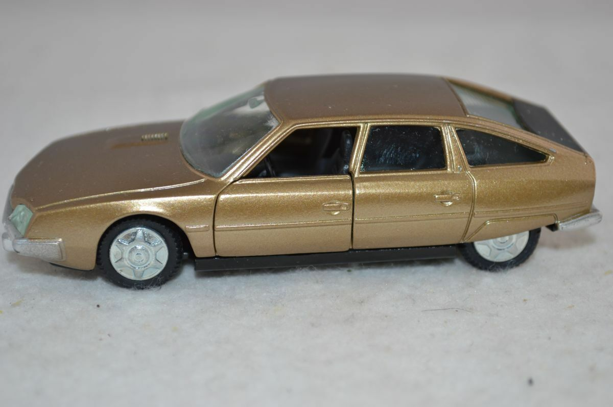 Pilen  519 Citroen CX Pallas gold 1 43 in mint condition - RARE