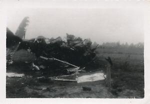WWII-European-airplane-Photo-aircraft-wreck