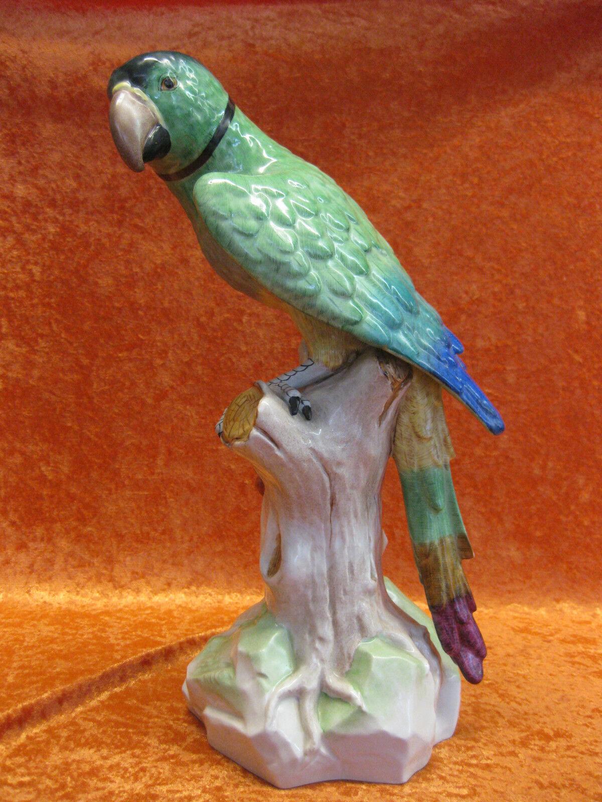Dresden Potschappel Porzellan Vogel Figur Papagei Ara Kirsche riesig 42 cm