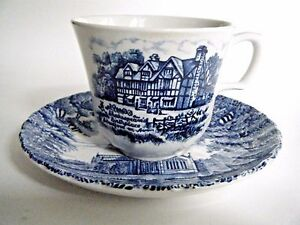 Royal-Essex-Stoneware-Cup-amp-Saucer-Shakespear-039-s-Birthplace-Trinity-Church