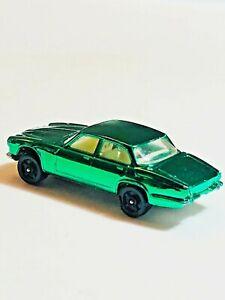 1970-VINTAGE-CORGI-ROCKETS-902-JAGUAR-XJ6-GREEN-CHROME-METALLIC-CAR