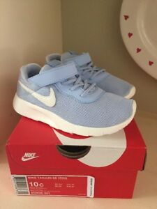 new styles 4f78a cdf13 Image is loading Nib-Nike-Tanjun-Size-10-Toddler-Girls-Shoes-