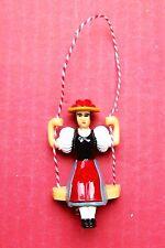 Pendolo OSCILLANTE Lady per una piccola Novità tipo orologio a cucù.