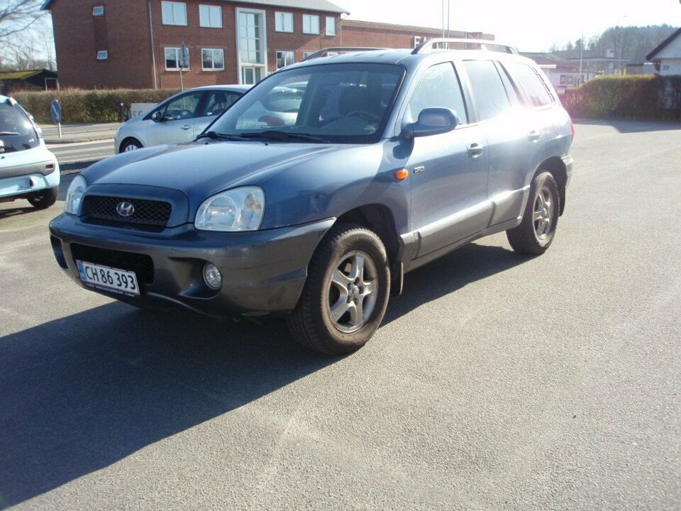 Hyundai Santa Fe 2,0 CRDi 4x4 Diesel 4x4 4x4 modelår 2003 km