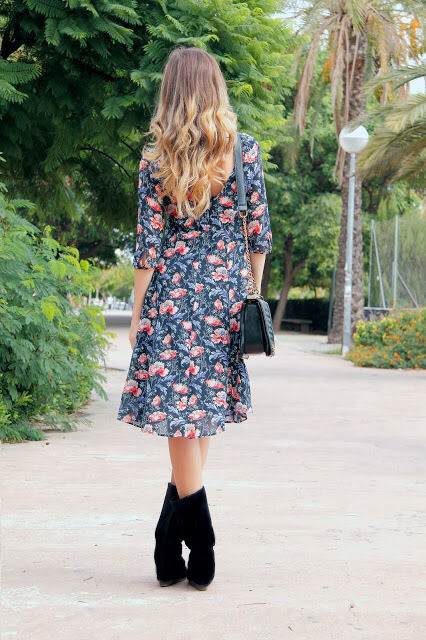ZARA FLORAL DRESS WITH FULL SKIRT SIZE XS LAST SIZE