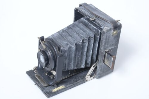 FRENCH WOODEN FLAT BED PLATE CAMERA W/ RECTILIGNE SUPERIEUR EXTRA-RAPID f/8 0930