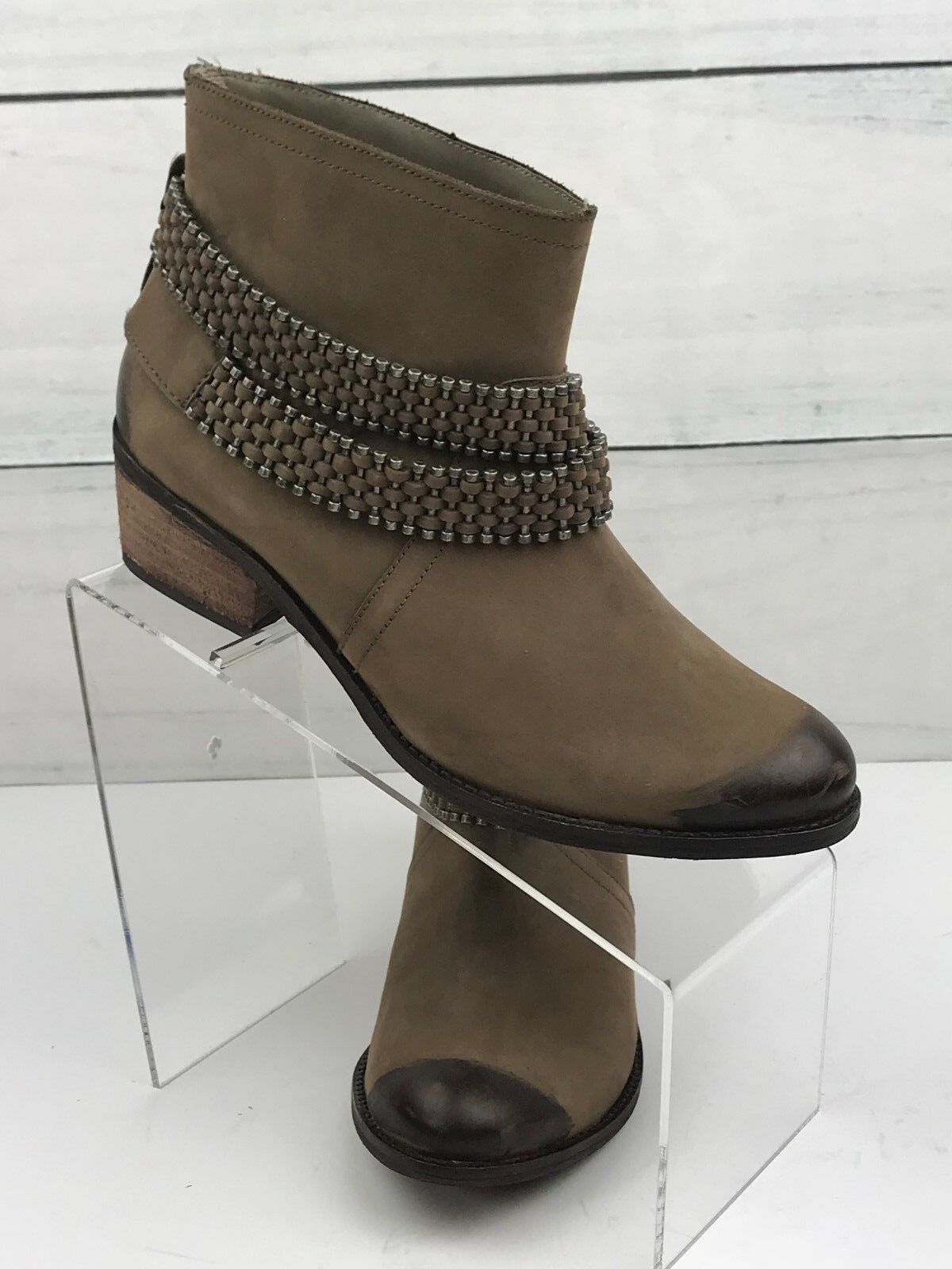 Matisse Women's brown ankle boots in Planet Size 7.5, . Retails   A2012-8