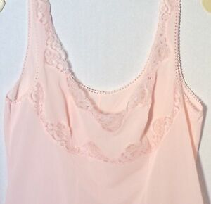 Nightgown-or-Slip-Pink-Lace-Trim-Slinky-Feel-Size-Small-Vintage-1950-60-039-s