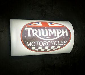 TRIUMPH MOTORCYCLE LED ILLUMINATED LIGHT BOX SIGN GAS OIL GARAGE AUTOMOBILIA