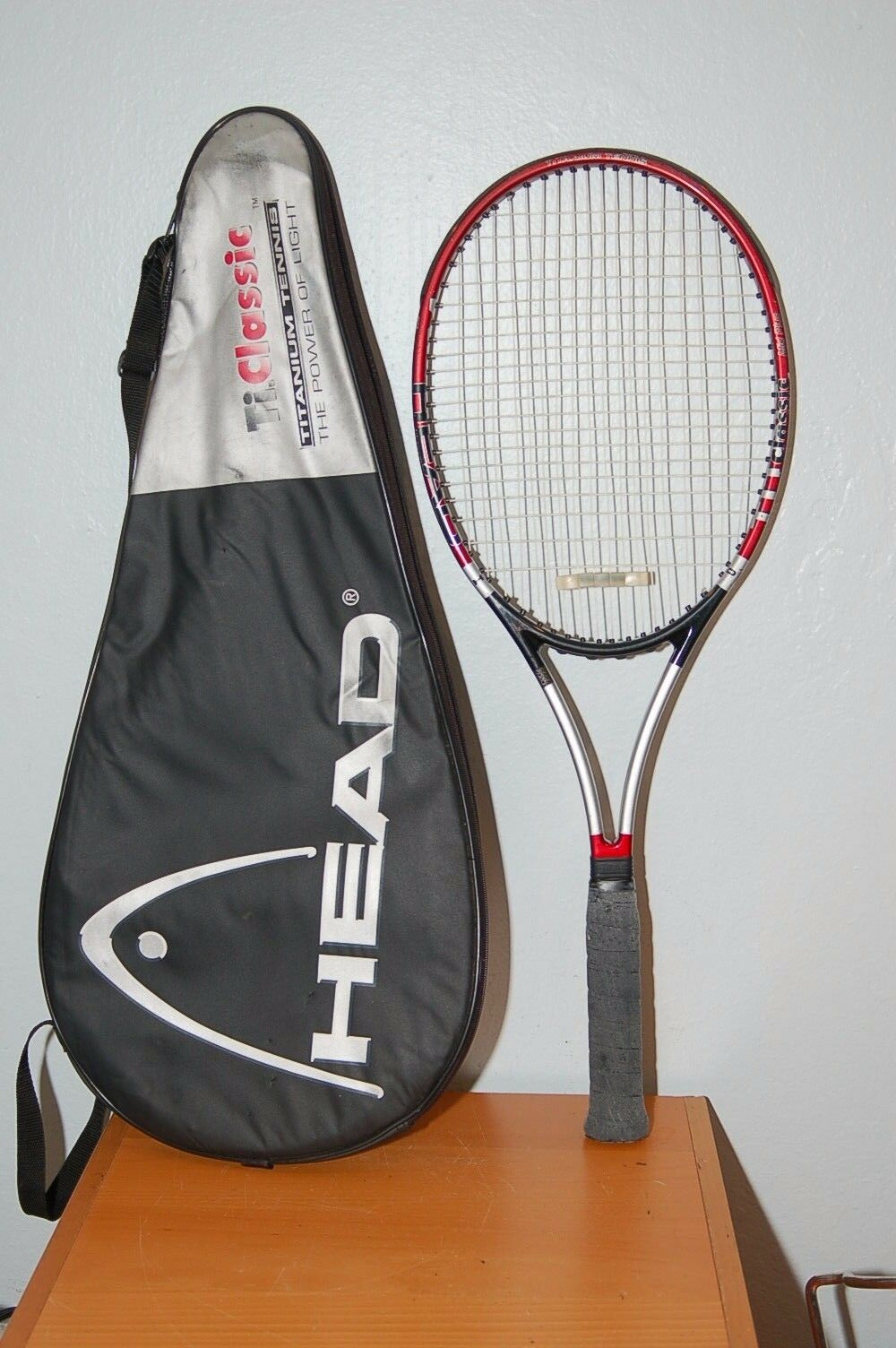 Head Ti. Classic Midplus 98 4 5 8 grip Tennis Racquet  w  Case