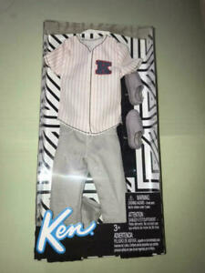 Lot of 2 Barbie Ken Fashion Pack Outfits Baseball Jersey /& Malibu Ombre Tee NEW
