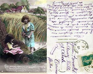 CPA-Fantaisie-Les-Jeunes-Moissonneurs-Enfants-1921