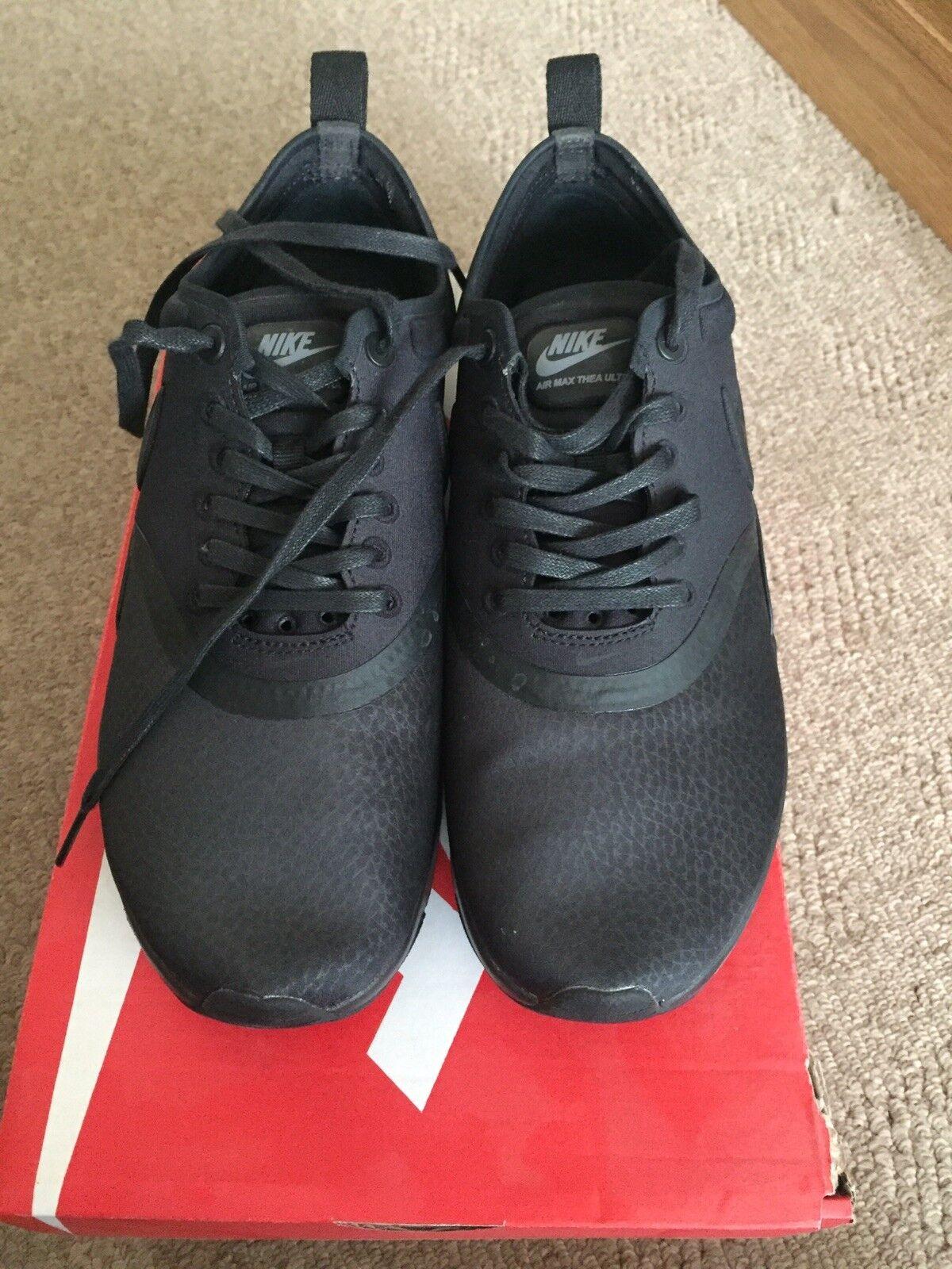 Nike Max Max Max Thea PRM. Hermoso Air x Potente. Cuero. le. tamaño 6 40 Negro. d2e147