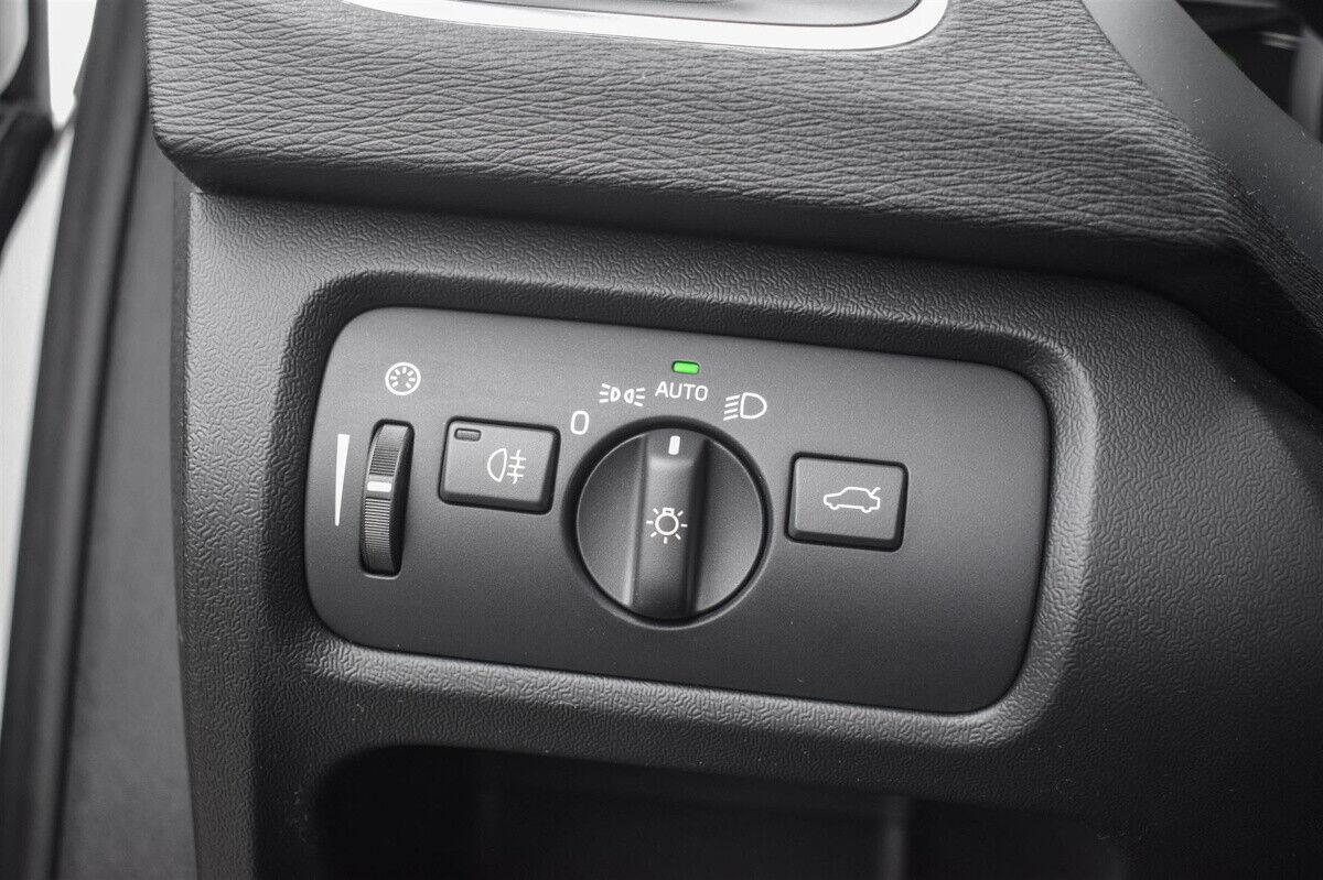 Volvo V40 2,0 D2 120 Momentum - billede 12