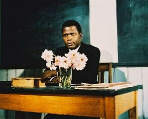 SIDNEY-POITIER-AS-MARK-THACKERAY-FROM-TO-SIR-8X10-PHOTO