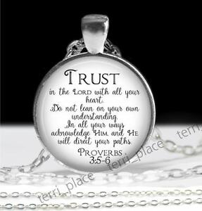 Trust-In-The-Lord-Proverbs-3-5-6-Glass-Top-Religious-Pendant-amp-Chain-Scripture