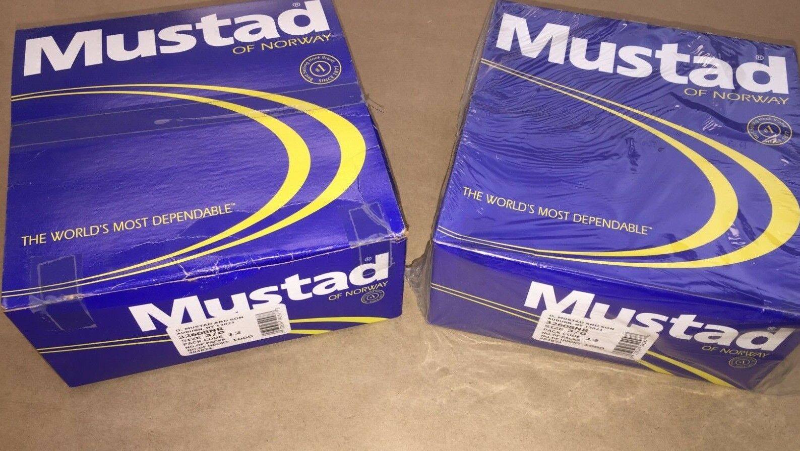 New In Box - Mustad NR Red Spinnerbait Hook -  0 - 1,000 Pcs.