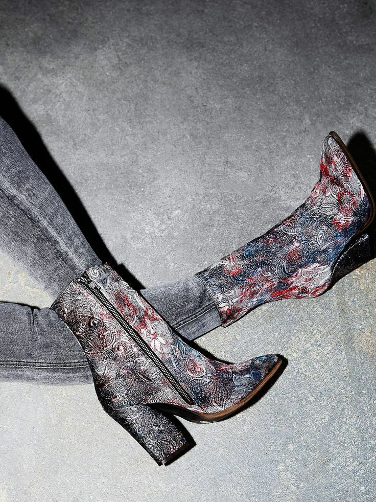 FREE FREE FREE PEOPLE SHOES MYSTIC CHARMS HEEL BOOT ANKLE BOOTIES BROCADE 39 NEW  248 48b8d9