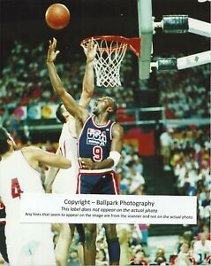 big sale f4c29 4b0d4 Details about Michael Jordan Chicago Bulls 6 x NBA Champ 1992 Olympic Dream  Team 8x10 Photo
