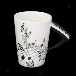 Tasse-Porcelaine-Ancienne-Note-Musique-avec-Poignee-piano-cadeau-creatif