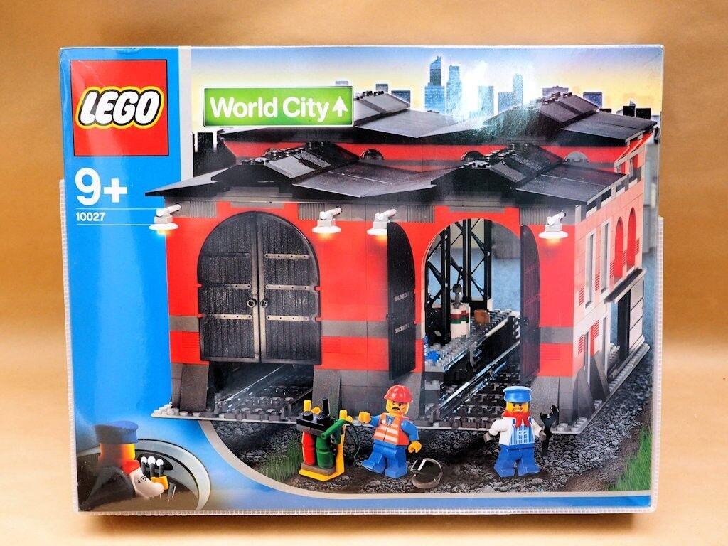 LEGO 10027 Train Engine Shed NEW & SEALED
