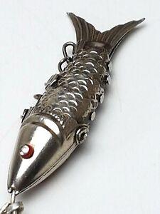 835-Silber-Wackelfisch-Gliederfisch-Korallen-Augen-amp-Silberkette-A-879