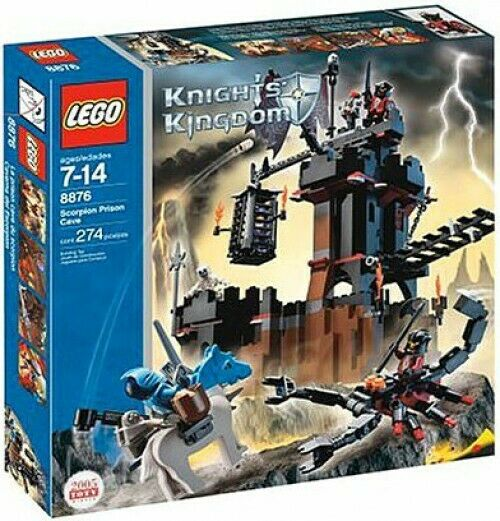 LEGO KNIGHTS  KINGDOM Scorpion Prison Cave Set  8876  être en grande demande