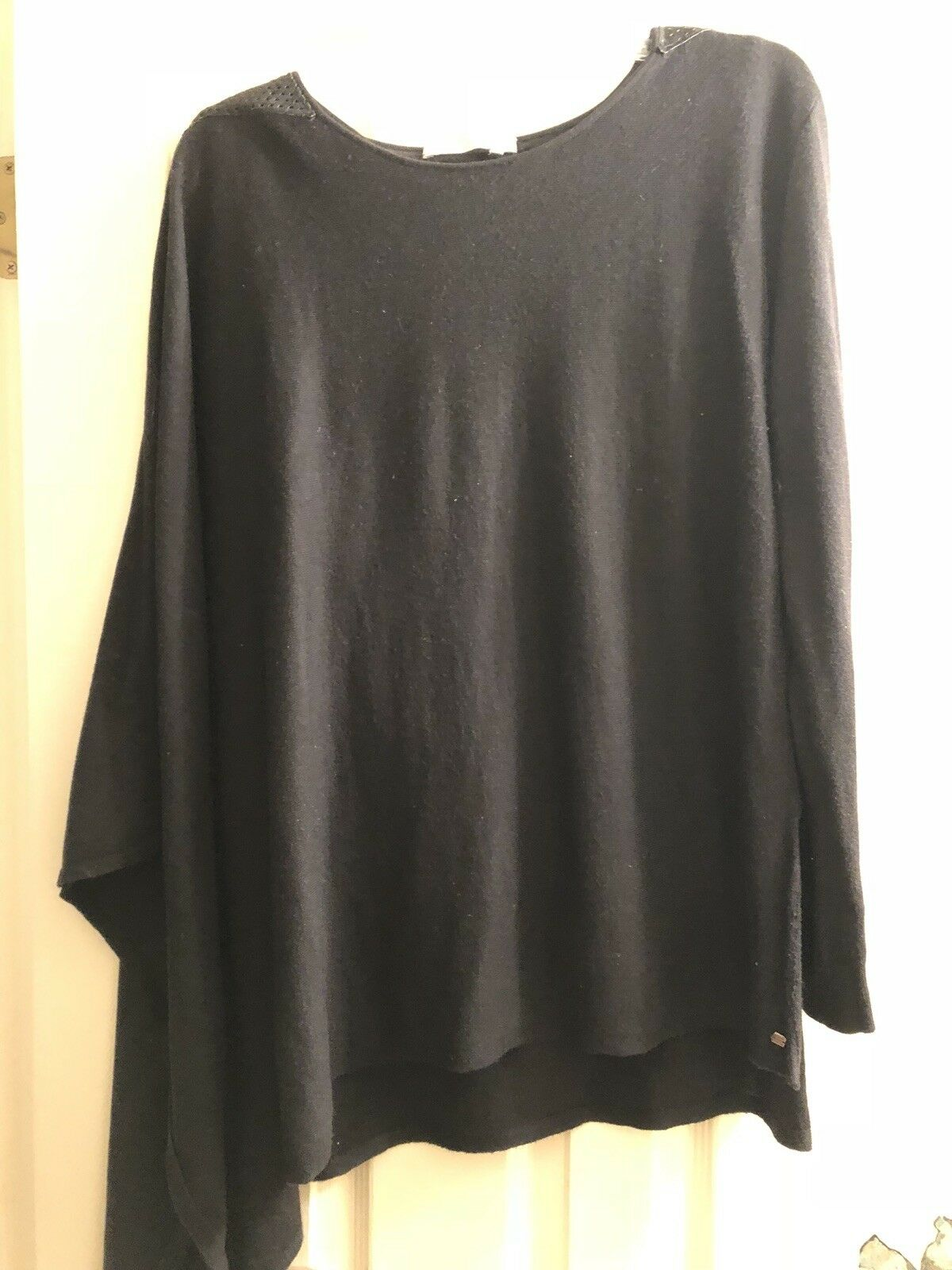 One Grey Day Charcoal One Sleeve Cape Sweater Leather Trim Size Small  298